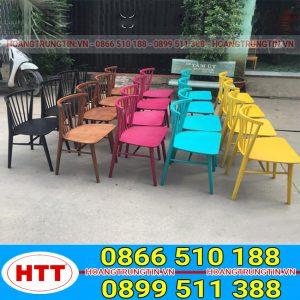 Bàn ghế gỗ Pinston song tiện 7 nan - GGHTT011 mang nhiều màu sắc đa dạng khác nhau