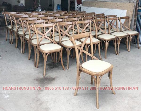 Bàn ghế cafe gỗ có tựa lưng
