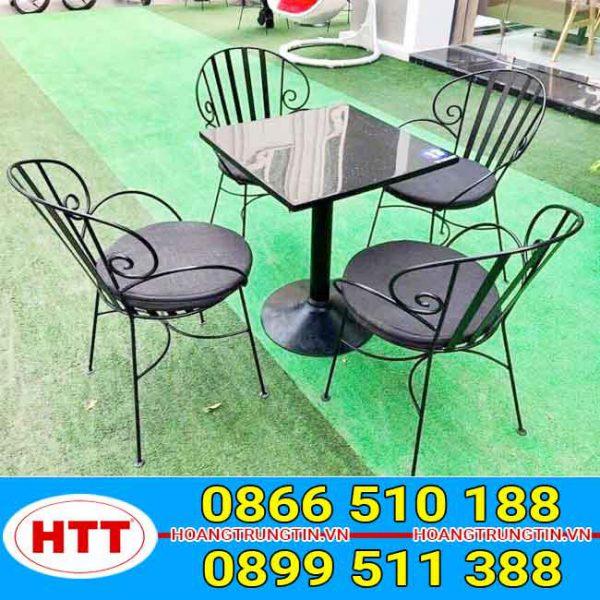 Bàn ghế sắt dành cho quán cafe