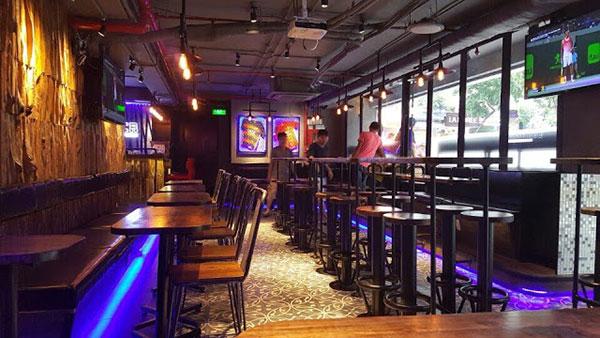 Bàn ghế bar - beer club gỗ đẹp
