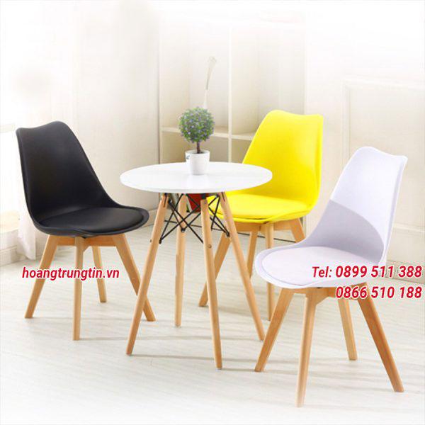 Bàn ghế gỗ trà sữa mặt nhựa đẹp mắt