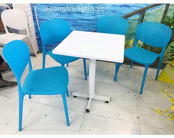 Bàn ghế nhựa trà sữa BGTSHTT004
