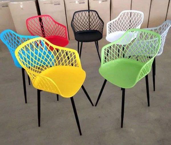 Bàn ghế nhựa trà sữa mặt lưới