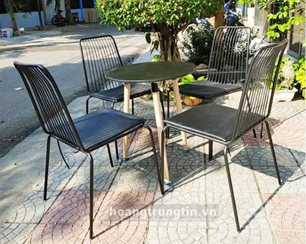 Bàn ghế sắt trà sữa mặt lưới