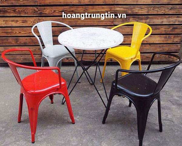 Bàn ghế sắt trà sữa mặt nhựa