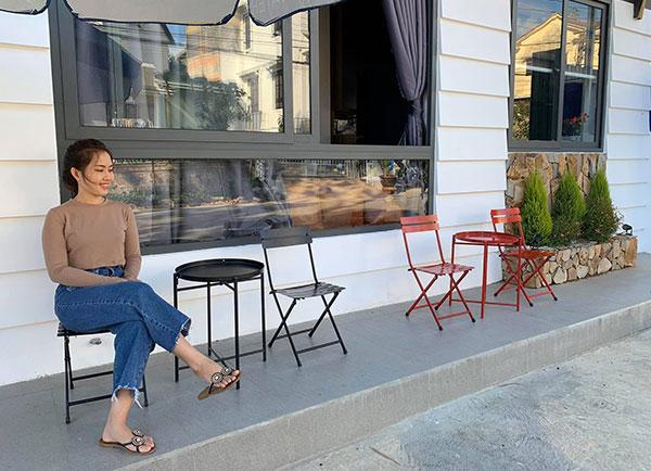 Bàn ghế xếp cafe tiện lợi