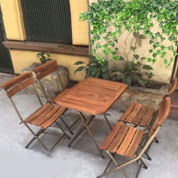 Bàn ghế xếp cafe chất liệu gỗ bền bỉ