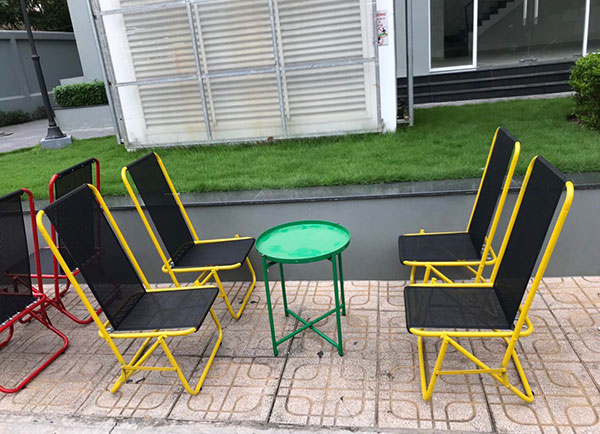Bàn ghế xếp cafe từ sắt bền bỉ