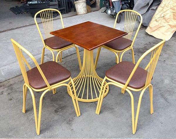 Ghế cafe sắt kiểu dáng ấn tượng