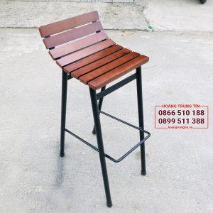 ghế quầy bar chân sắt mặt gỗ đẹp